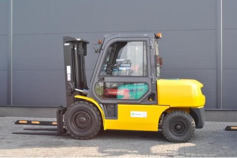 Wózek widłowy używany KOMATSU FD40T-8