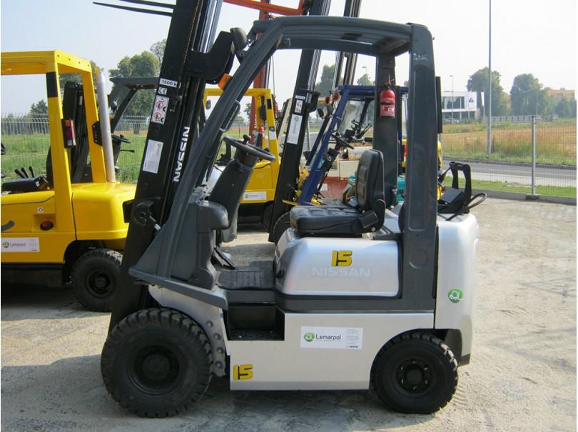 Wózek widłowy używany NISSAN P1D1A18LT