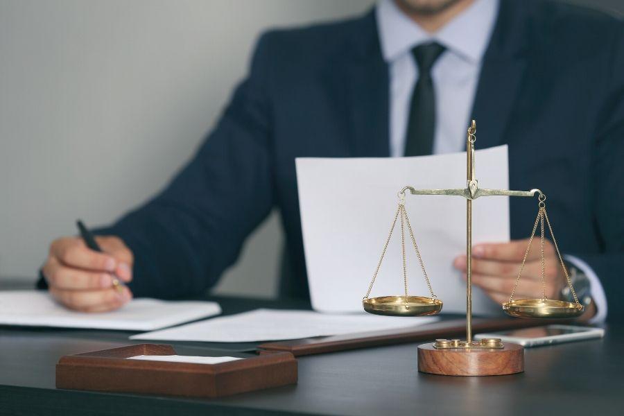 jakie-akty-prawne-reguluja-udt